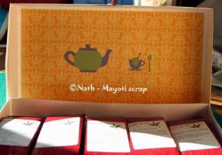 Intérieur de la boîte cadeau - Offrir du thé